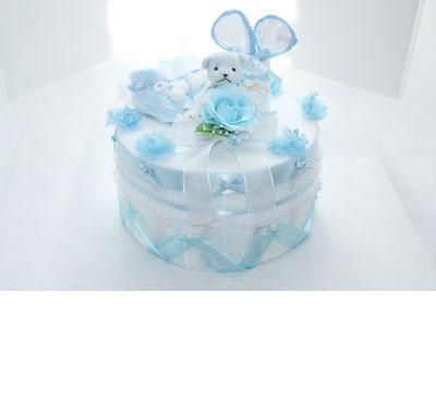 おむつケーキの作り方の手順7:ベビー用品の配置